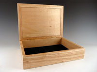 "Marquetry Wood Box with Gardenia Design. 8"" x 6"" x 2"" with 1.25"" Deep Interior."